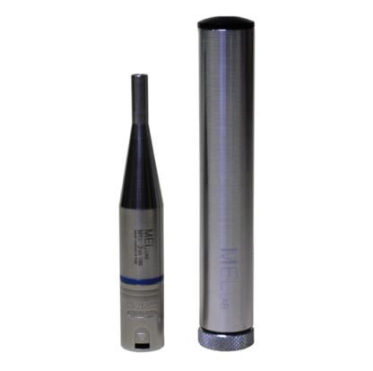 Microfono da misura a condensatore pre-polarizzato omnidirezionale 48V, fatto a mano in Italia, con anello colorato di riconoscimento e con connettore XLR, con il suo case stagno